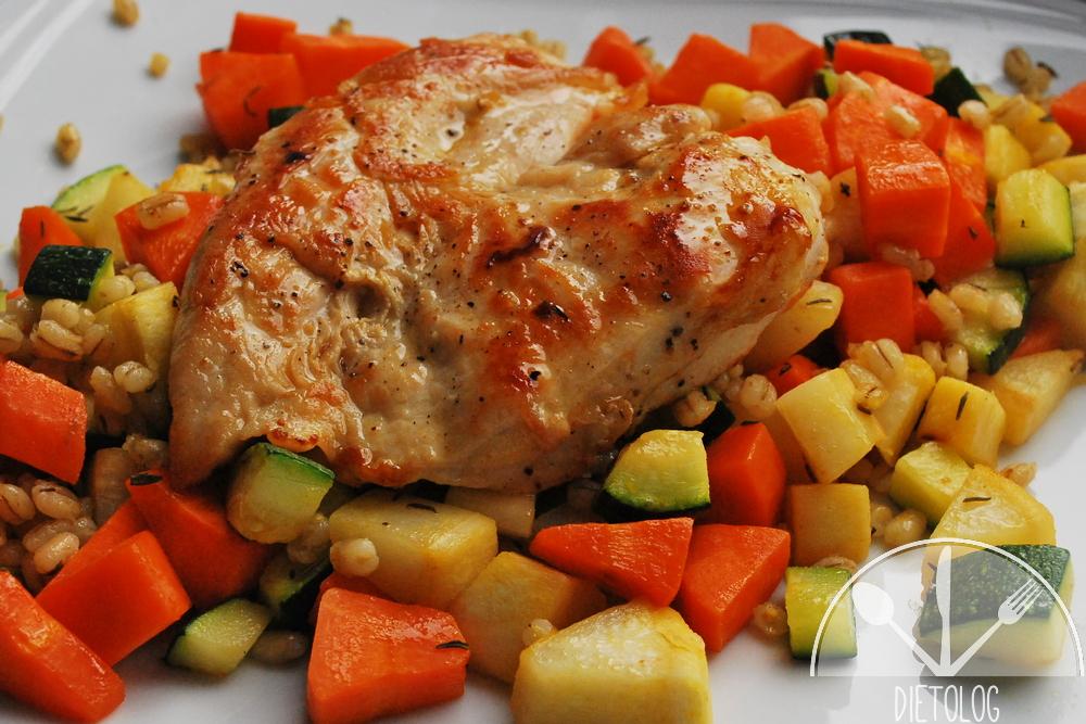 pierś kurczaka i pęczak
