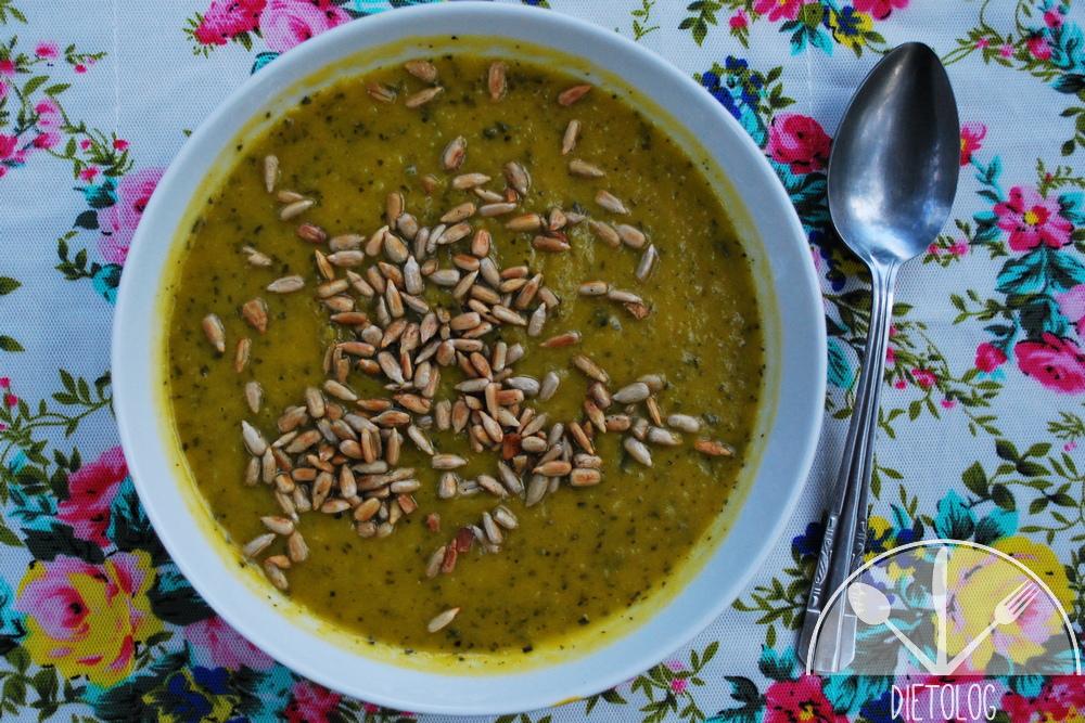 zupa z dyni i jarmużu