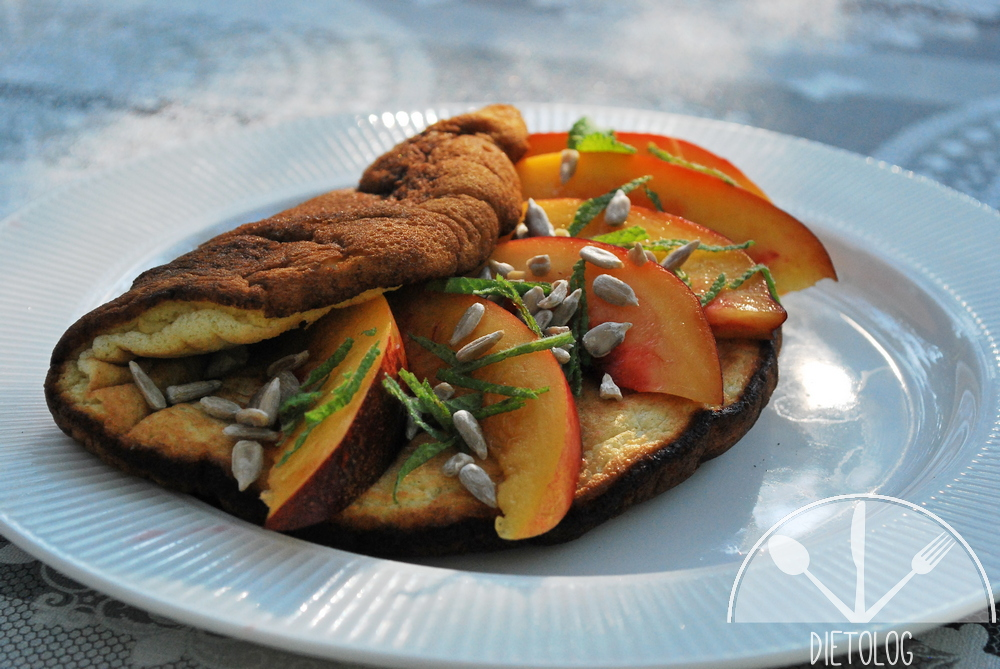 biszkoptowy omlet jaglany