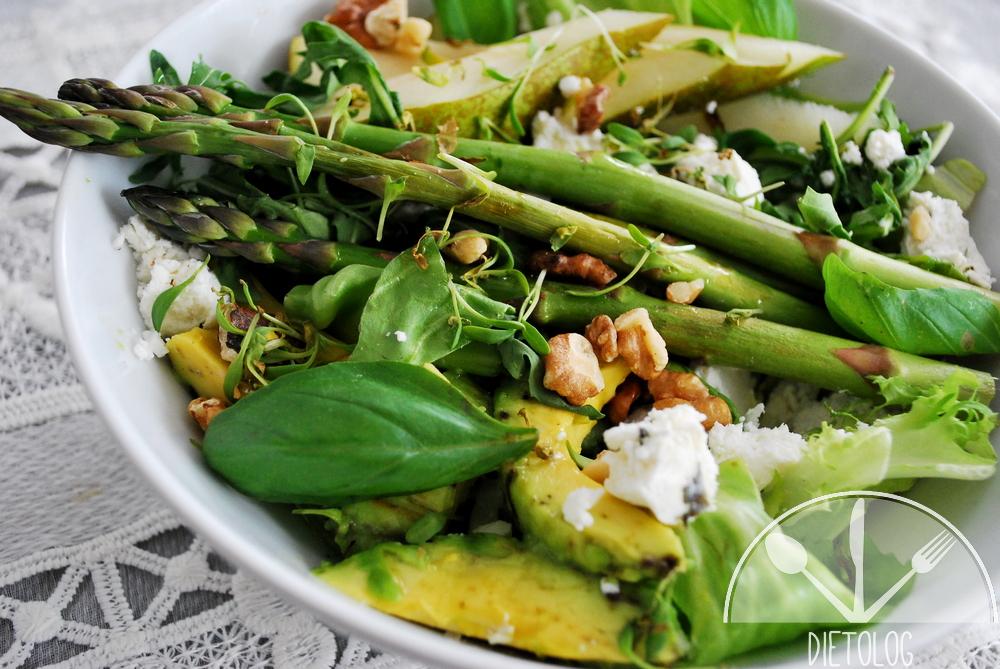 zielona sałatka z niskim indeksem glikemicznym