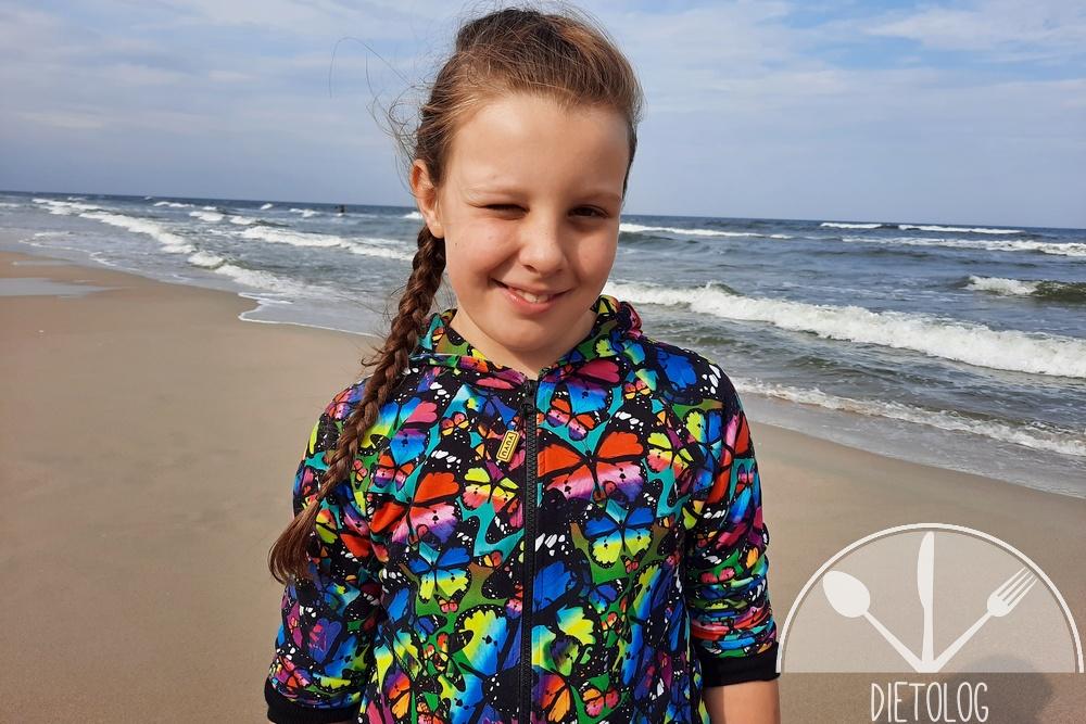 Milena nad morzem kocha szaleństwa i zabawy w wodzie