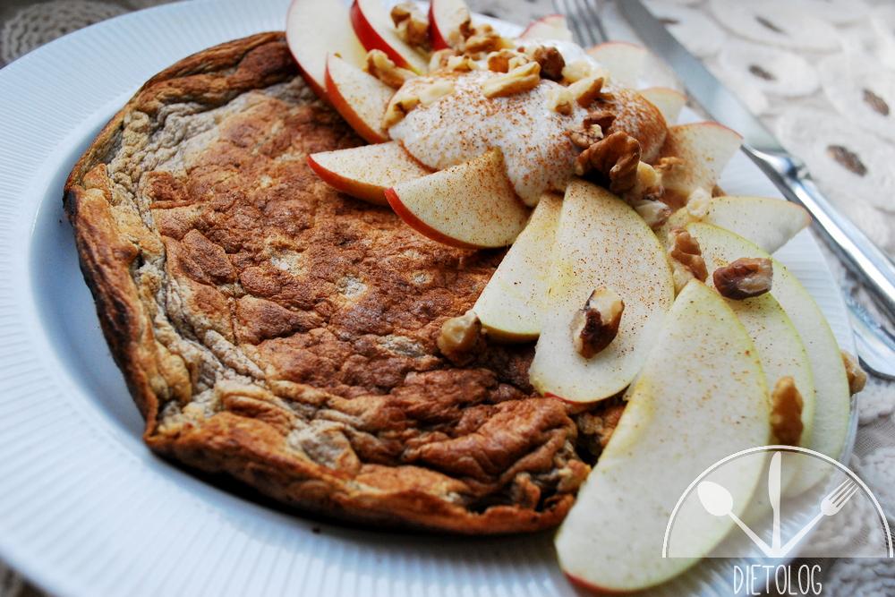 omlet owsiany szarlotkowy