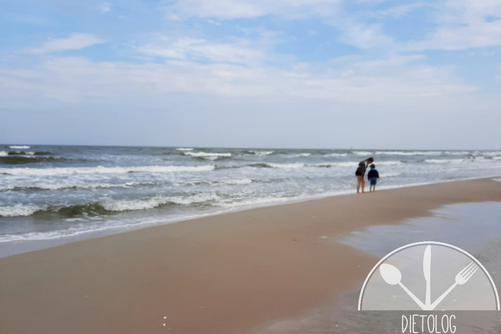 z dziećmi nad morze jesienią