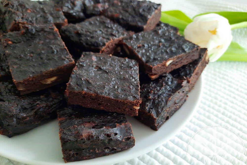 brownie z cukinii bez polewy